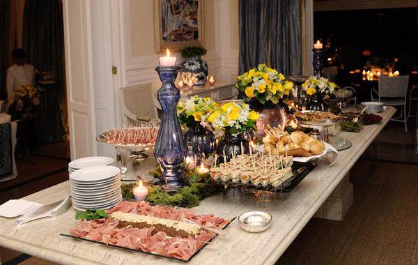 decoracao jantar azul amarelo