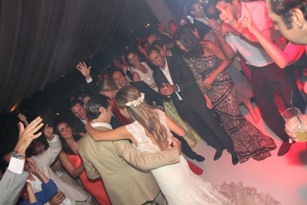 casamento-praia-punta-del-este-adriana-helu-040