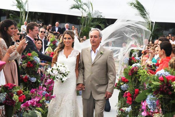 decoracao-casamento-adriana-helu-jose-antonio-de-castro-bernardes-08 Casamento de Sonho IV