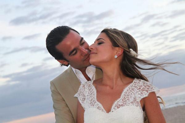 casamento-punta-del-este-adriana-helu-vestido-emannuelle-junqueira-31