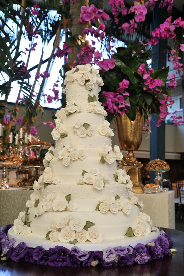 bolo-de-casamento-flores-classico