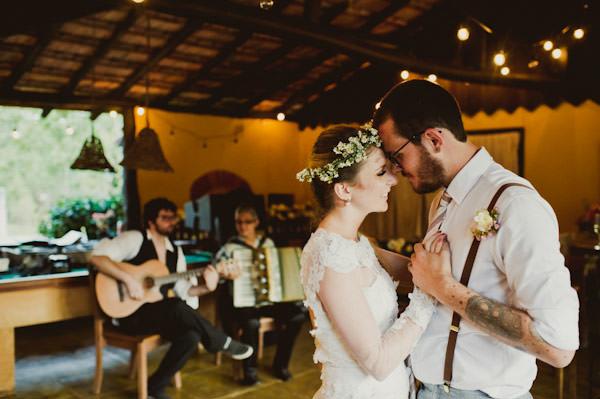 casamento-moderninho-noiva-guirlanda-25