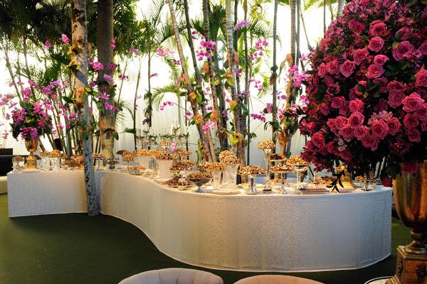mesa-de-doces-casamento-moderno
