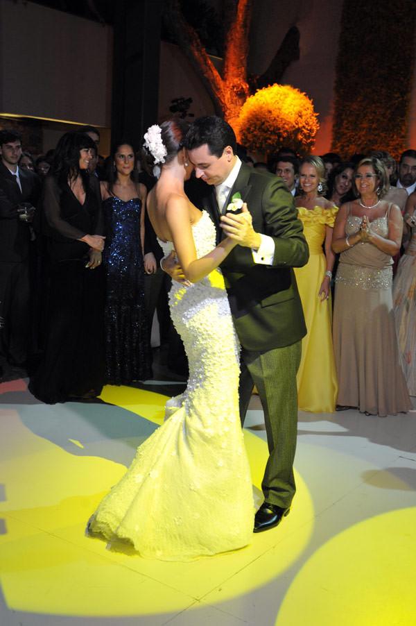 primeira-danca-casamento-vestido-noiva-oscar-de-la-renta