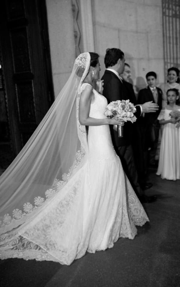 casamento-paula-zaragueta-vestido-de-noiva-renda-02