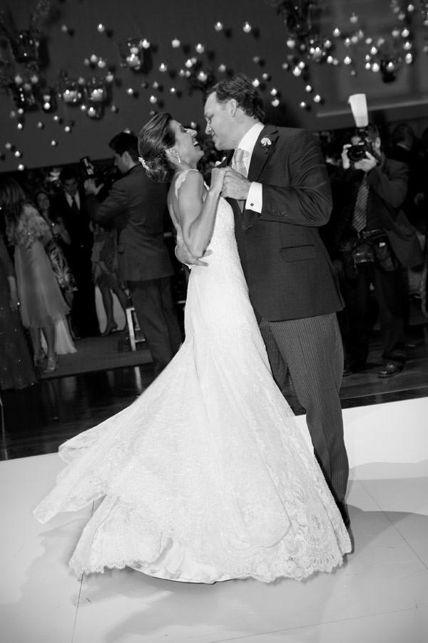 casamento-paula-zaragueta-vestido-de-noiva-renda-10