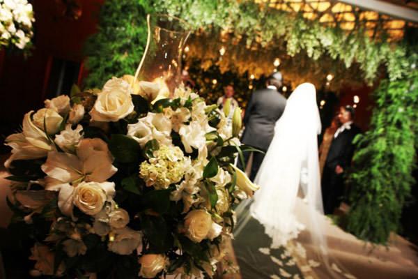 decoracao-casamento-cerimonia-branco-verde-cenographia