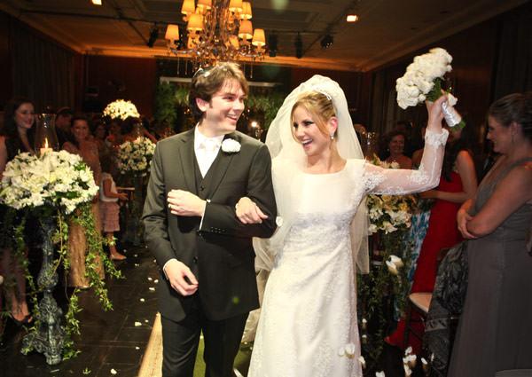 saida-noivos-casamento-foto-carola-montoro