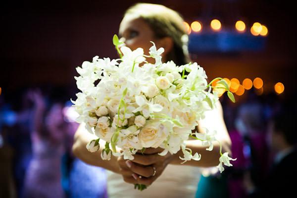 bouquet-praia-casamento-aline-e-rafael-santa-catarina-31