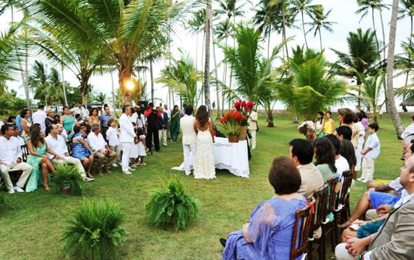 casamento-praia-carola-montoro-bahia-09