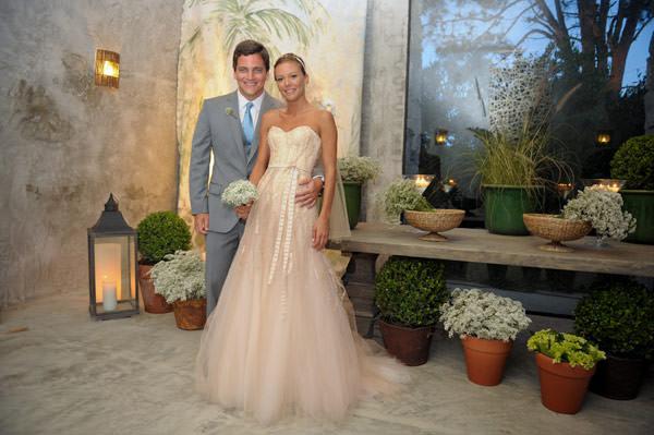 casamento-valentina-vestido-noiva-monique-lhuillier-10