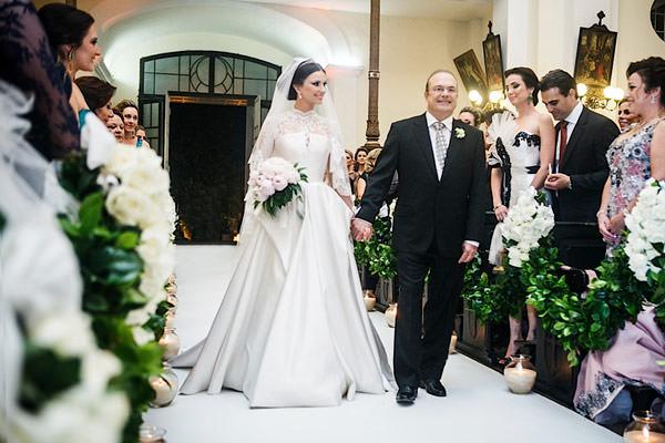 casamento-patricia-iris-cerimonia-entrada-noiva-igreja-02