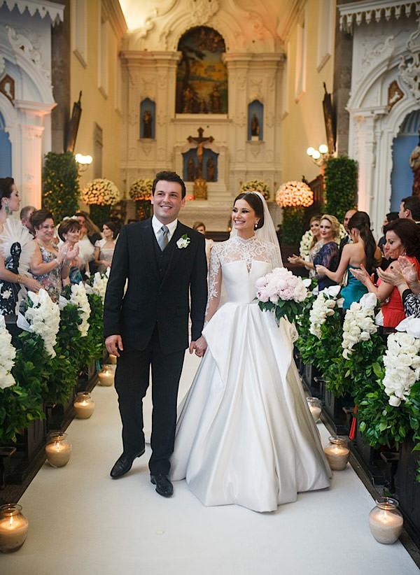 casamento-patricia-iris-cerimonia-vestido-noiva-wanda-borges