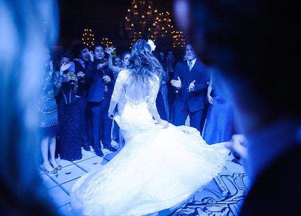 casamento-patricia-iris-segundo-vestido-noiva-wanda-borges-02
