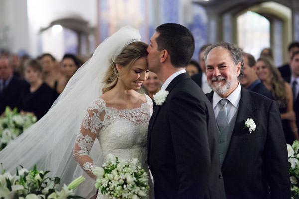 casamento-julia-e-alexandre-vestido-de-noiva-paula-zaragueta-4