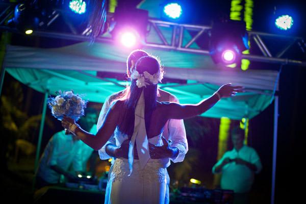 casamento-praia-dos-carneiros-vestido-noiva-cecilia-echenique-21