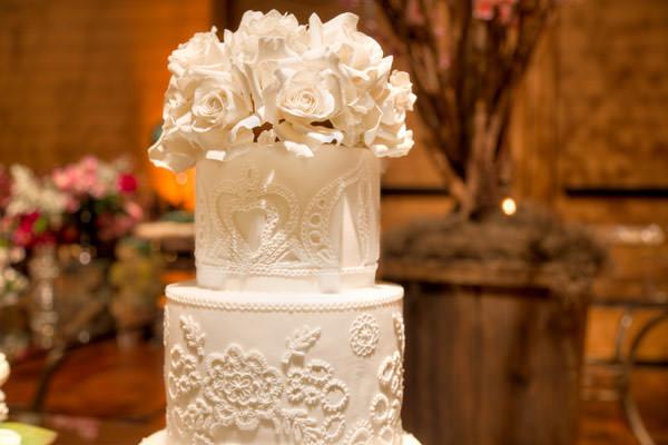 casamento-decoracao-clarissa-rezende-unique-bolo-the-king-cake-11