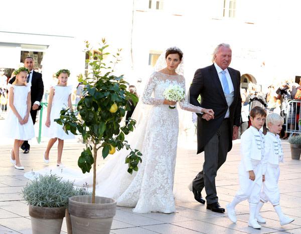 casamento-real-luxemburgo-principe-felix-claire-00-vestido-de-noiva-elie-saab
