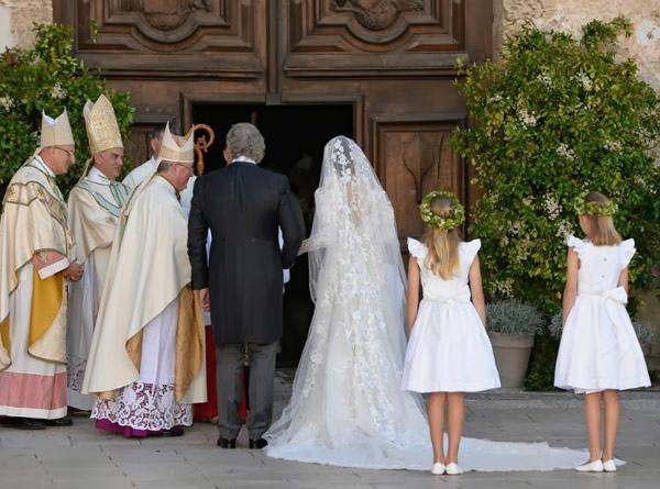casamento-real-luxemburgo-principe-felix-claire-04-vestido-de-noiva-elie-saab