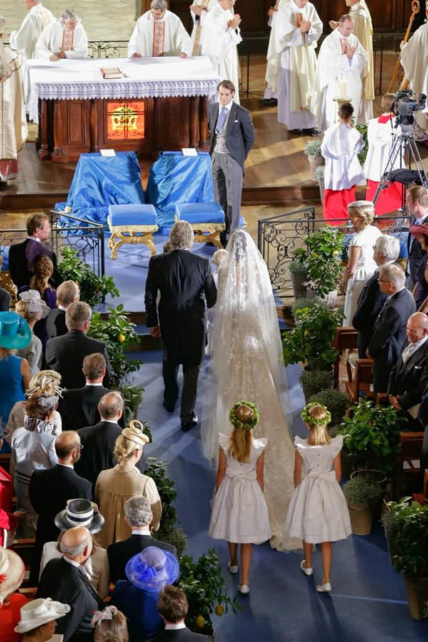 casamento-real-luxemburgo-principe-felix-claire-05-vestido-de-noiva-elie-saab