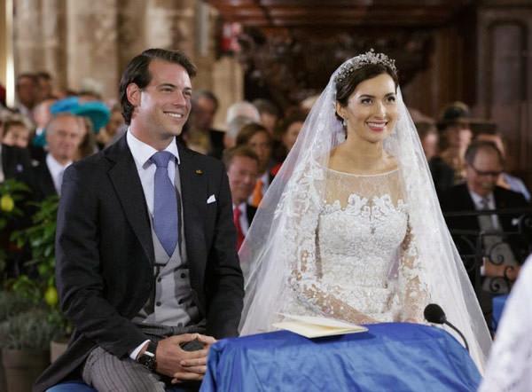 casamento-real-luxemburgo-principe-felix-claire-07-vestido-de-noiva-elie-saab