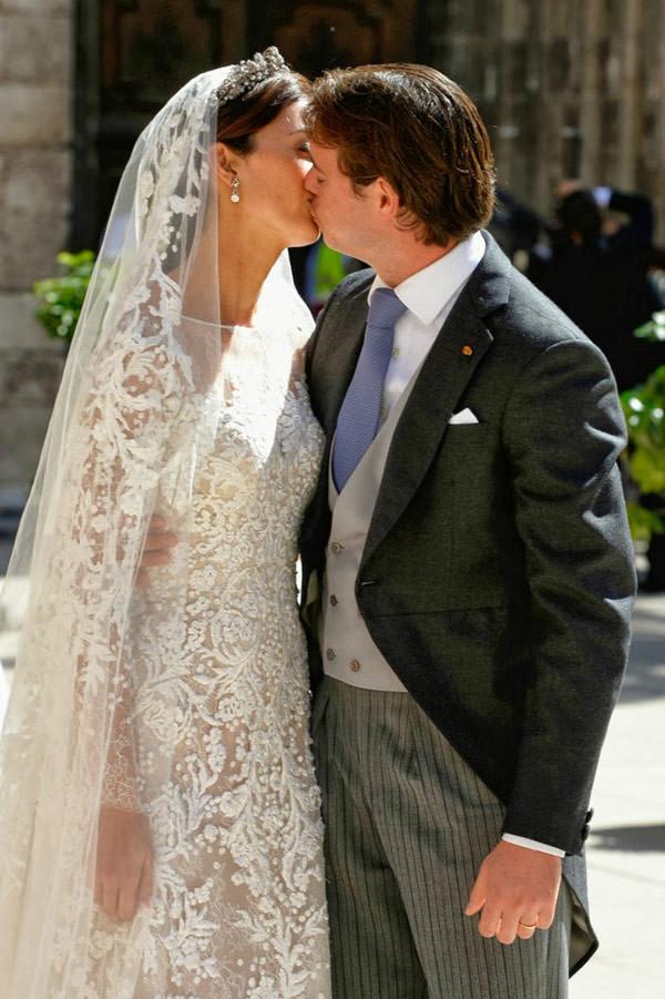 casamento-real-luxemburgo-principe-felix-claire-20-vestido-de-noiva-elie-saab