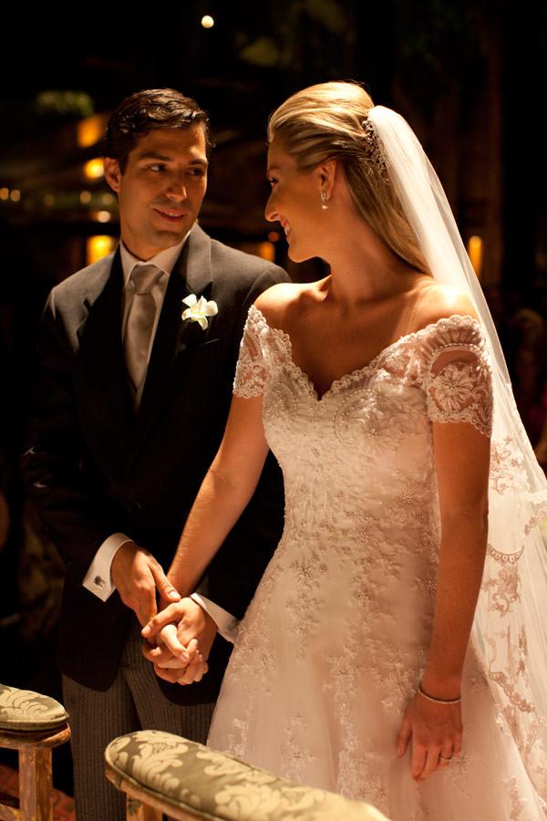 casamento-bruna-paraiso-vestido-de-noiva-wanda-borges-foto-flavia-vitoria-04