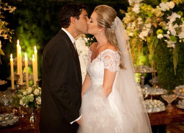 casamento-bruna-paraiso-vestido-de-noiva-wanda-borges-foto-flavia-vitoria-06