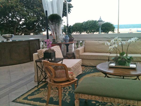 decoracao-marcela-larceda-moveis-festah-copacabana-palace-revista-constance-zahn-casamentos-01