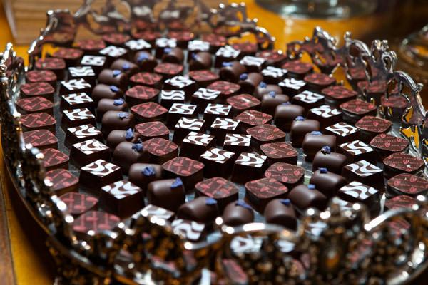 mesa-de-doces-cacau-noir-festa-revista-constance-zahn-copacabana-palace-04