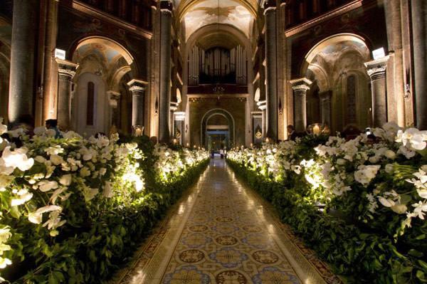 decoracao-igreja-cerimonia-casamento-lais-aguiar-02