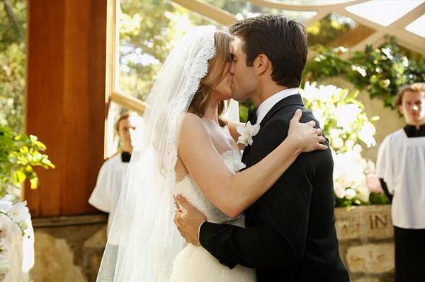 casamento-emily-vancamp-revenge-08
