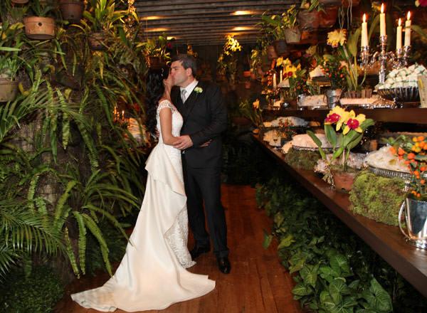 casamento-renata-amato-efeiche-vestido-noiva-wanda-borges-fotos-flavia-vitoria-cissa-sannomiya-12