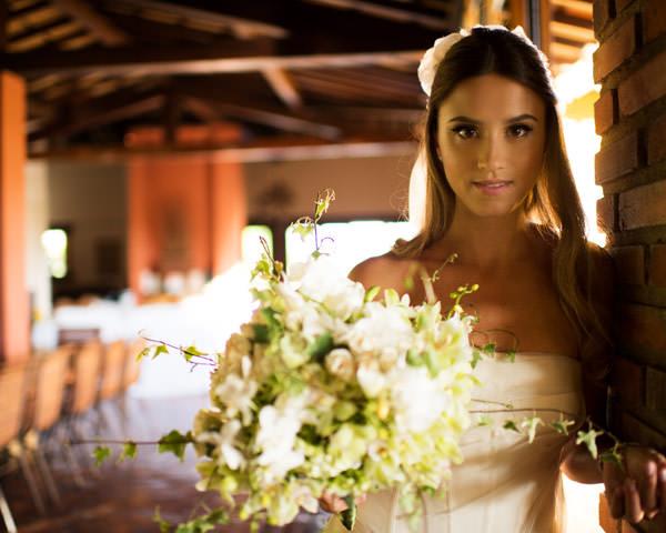 casamento-taissa-bias-fortes-belo horizonte-vestido-de-noiva-whitehall-33