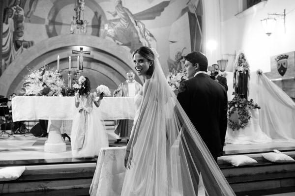casamento-taissa-bias-fortes-belo horizonte-vestido-de-noiva-whitehall-5