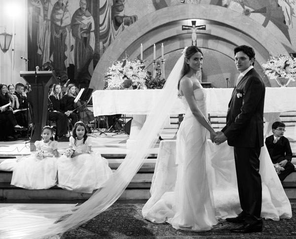 casamento-taissa-bias-fortes-belo horizonte-vestido-de-noiva-whitehall-6