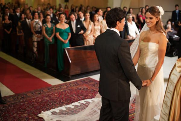 casamento-taissa-bias-fortes-belo horizonte-vestido-de-noiva-whitehall-7
