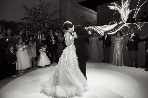 29-Casamento-Raro-Carmim-decoracao-marcelo-bacchin