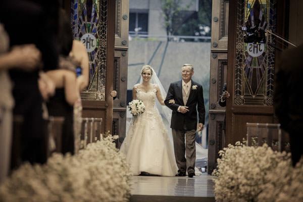 5-Casamento-Raro-Carmim-decoracao-marcelo-bacchin