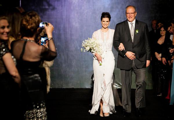 decoracao-casamento-carol-cassou-vestido-noiva-givenchy-04