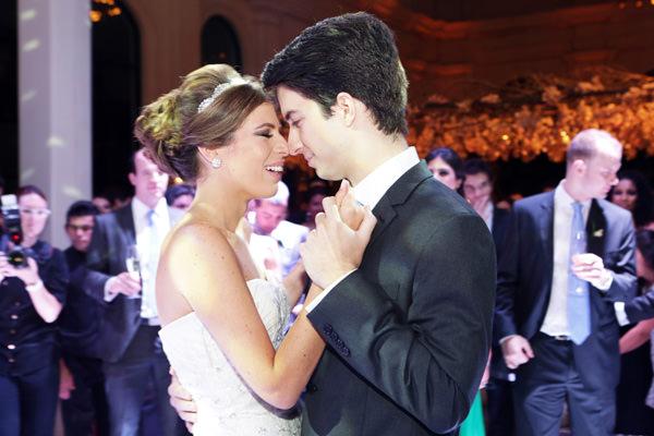 Casamento-Maria-Estela-saab-fotos-Fernanda-Scuracchio-Julio-Prestes-vestido-de-noiva-carolina-herrera-19
