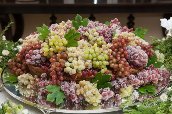 casamento-daniela-mesa-de-doces-bolo-isabella-suplicy-02