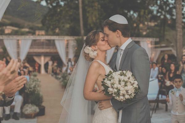casamento-praia-ilhabela-vestido-de-noiva-emannuelle-junqueira-13