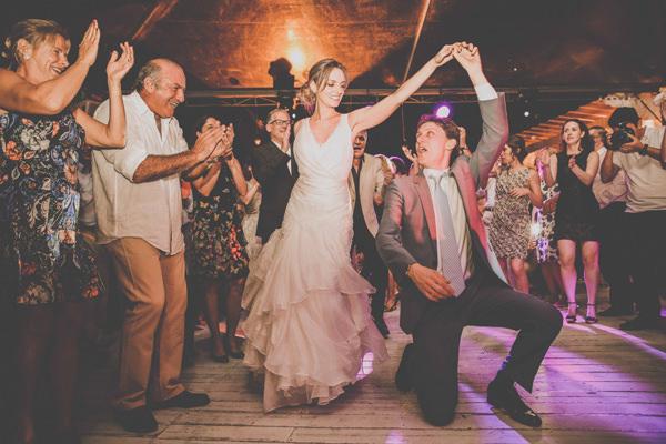 casamento-praia-ilhabela-vestido-de-noiva-emannuelle-junqueira-28