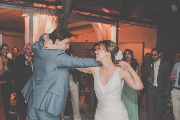 casamento-praia-ilhabela-vestido-de-noiva-emannuelle-junqueira-30