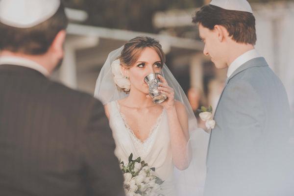 casamento-praia-ilhabela-vestido-de-noiva-emannuelle-junqueira-8