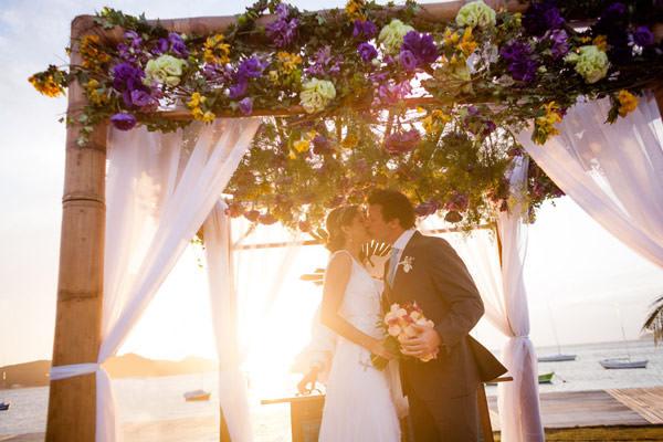 casamento-praia-buzios-vestido-noiva-martu-03