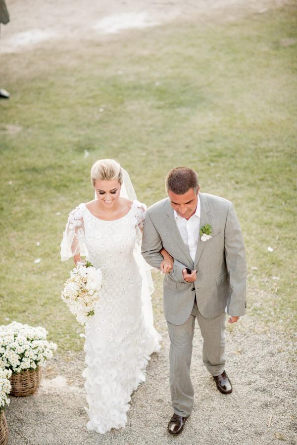 casamento-praia-trancoso-pousada-bahia-bonita-vestido-noiva-martu-04