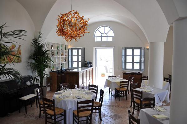 LUA-DE-MEL-TERESA-PEREZ-SANTORINI-Selene-Restaurant-1