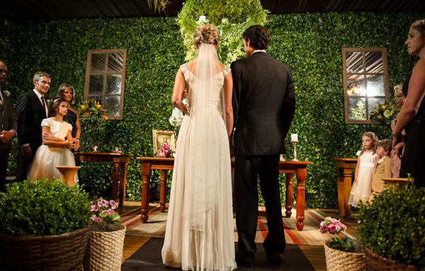 casamento-stella-e-guto-decoracao-saly-gignon-curitiba-06